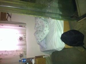 2012年杭州赛区,到杭州第一天所住的小旅店。这是我住的房间。