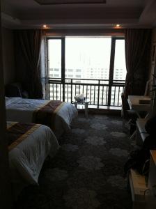 2012杭州赛区。铂宫酒店,我和盛老师住的房间。